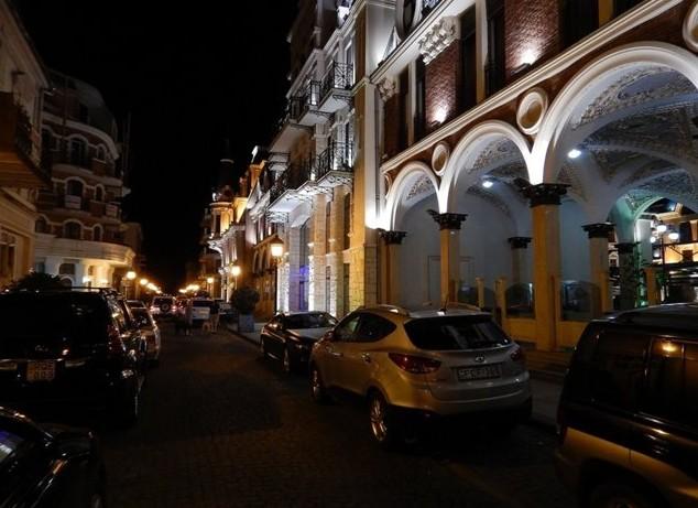 Ночные улочки Батуми