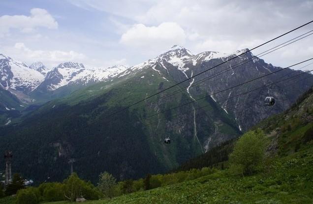 подъем в горы Домбай