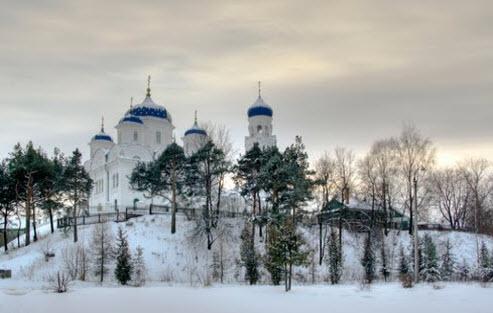 Трасса А111, Торжок Михайло-Архангельская церковь