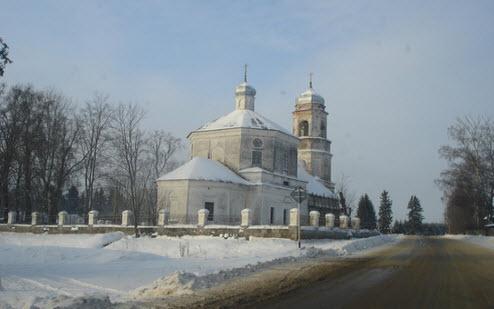 Трасса А111, церковь деревня Рашкино