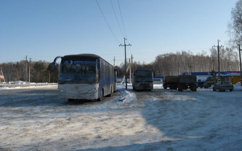 Трасса Р402, стоянка автобусов возле кафе Ялуторовск