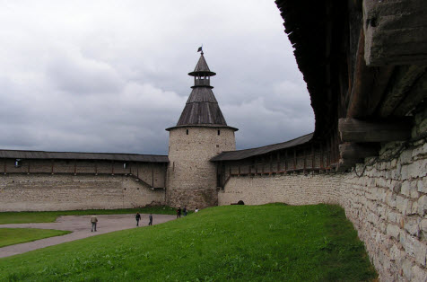 Башня Кутекрома псков трасса М20