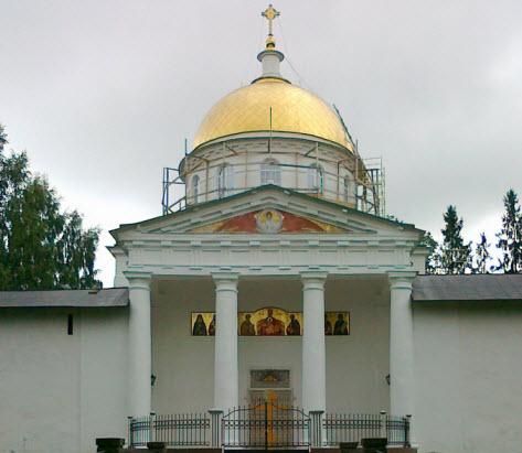 Михайловский собор на месте бывшей Брусовой башни, трасса М20