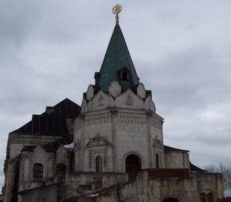 Башня трапезной палаты, Феодоровский городок, Пушкин, достопримечательности трассы М10