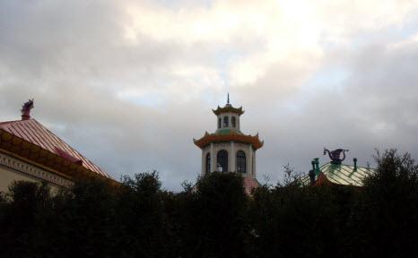 Вид на крыши китайской деревни, пушкин, трасса М10