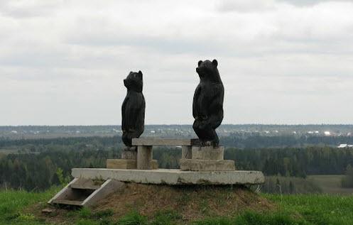 Медведи на лавочке, дорога Р-7