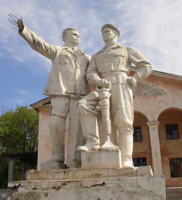 Памятник строителям канала Волга-Дон, трасса А153