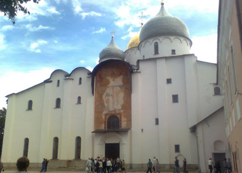 Софийский собор, Новгород, трасса М10