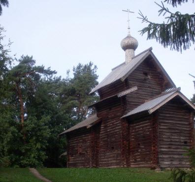 Церковь Николы из деревни Тухоля XVII в, трасса М10, Витославицы