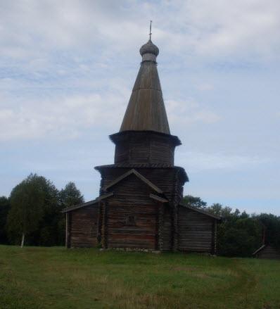 Церковь Успения из деревни Курицко, 16 век, достопримечательности трассы М10