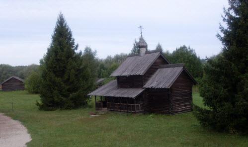 Церковь Успения из деревни Никулино 1599 год, трасса М10