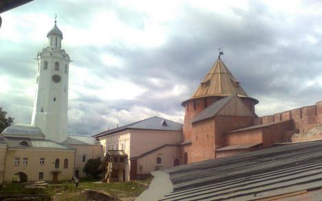 Часовня и Митрополичья башня, Новгород, трасса М10