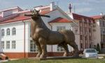 Железный конь у гостиницы Яр, мотели на трассе М4