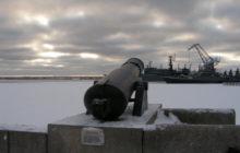 Пушка на набережной, Кронштадт, трасса М10