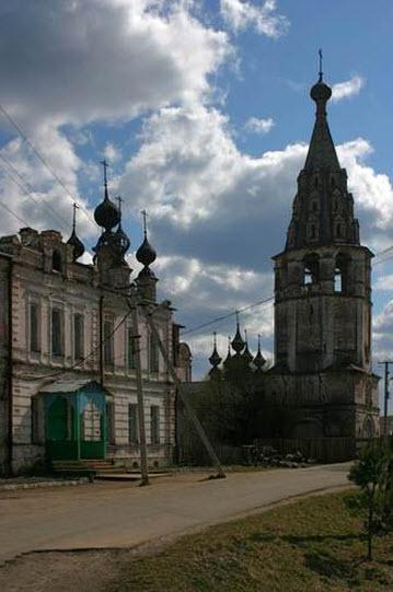 Воскресенский монастырь, Солигалич, Трасса Р100