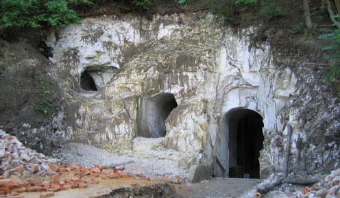 Вход в Белогорский пещерный храм