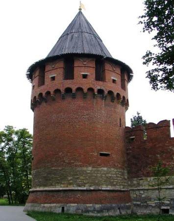 Никитская башня, Тульский кремль, трасса М2