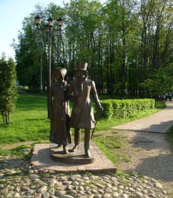 Памятник горожанам, Дмитров, трасса А104