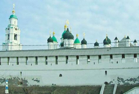Стена Астраханского кремля, достопримечательности трассы М6