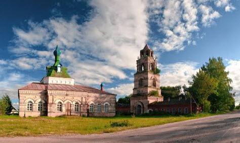 Церковь Иоанна Милостливого, Княжиха, трасса Р85