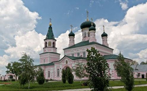 Михайловский храм, Городище, трасса Р335