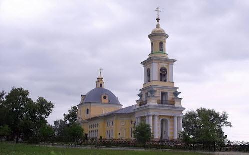 Церковь Рождества Христова, Выкса, трасса Р-161
