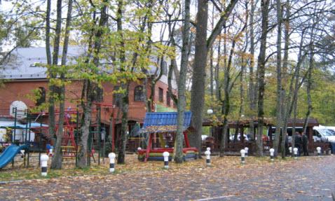 Стоянка, ресторан, возле партизанской поляны