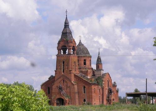 Введенская церковь, Пёт, трасса р124