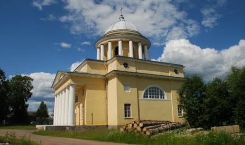 Успенская церковь, Любытино, трасса р53