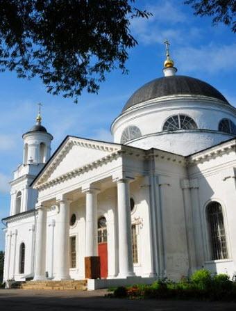 Церковь Иоанна Предтечи, Фряново, трасса р110