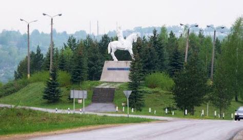 Памятник конногвардейцам, трасса р139, Одоев