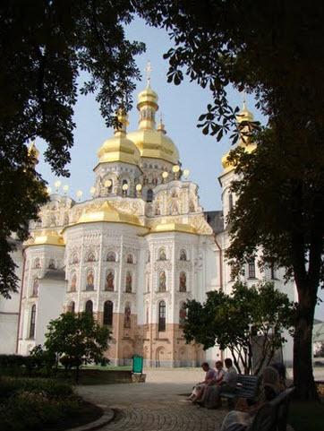 Успенский собор, поездка в Киев