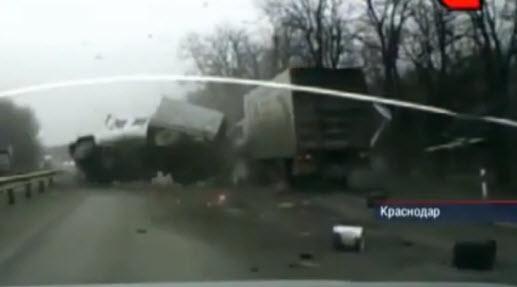 авария на трассе Ростов, ДТП грузовики