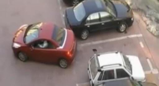 автомобили прикол на парковке