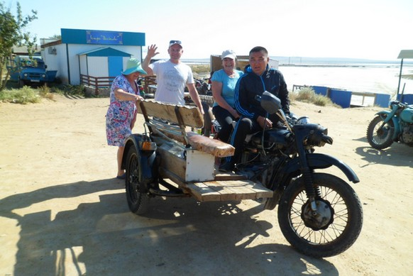 артур на мотоцикле баскунчак