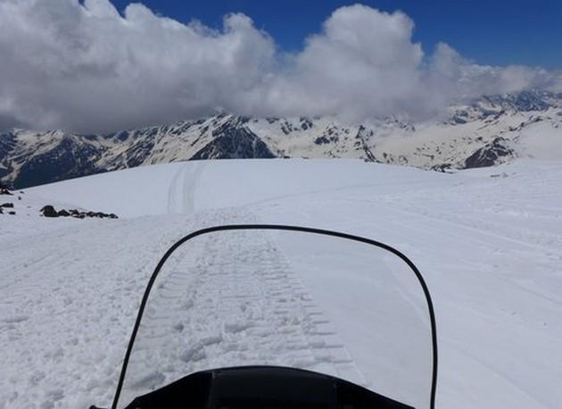 поездка на снегоходе с эльбруса