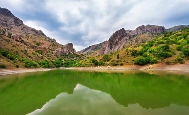 Горное озеро Панагия