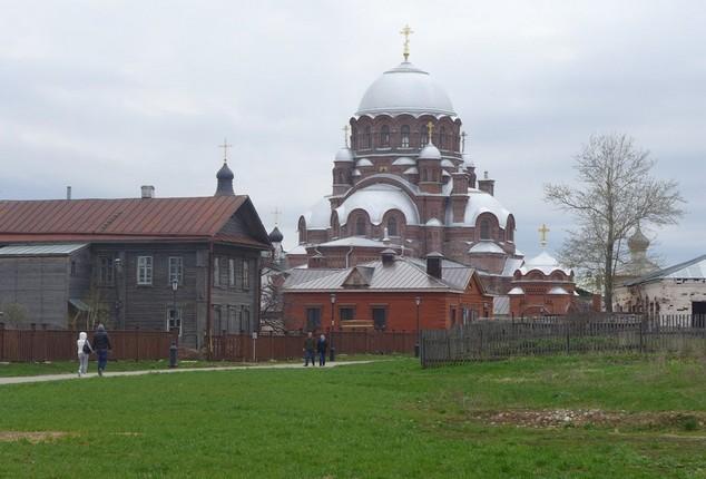монастырь в свияжске