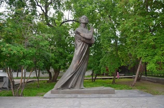 Необычный памятник Пушкину