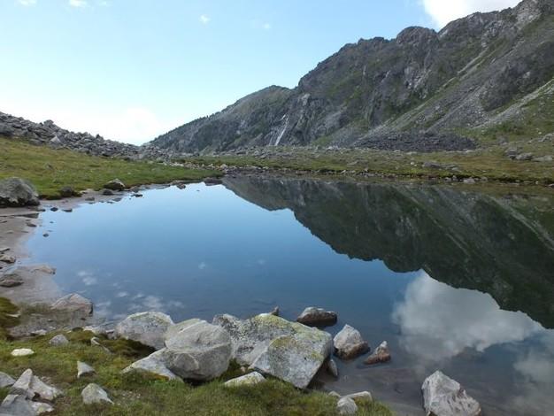 хрустальное озеро в тункинских гольцах