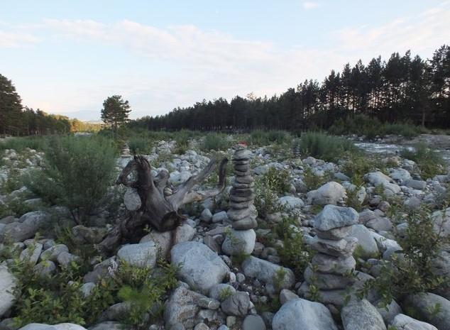 путешествие по аршану камни на кынгарге