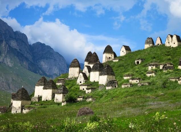 путешествие по кавказу город мертвых