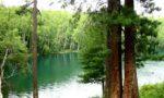 озеро изумрудное на байкале