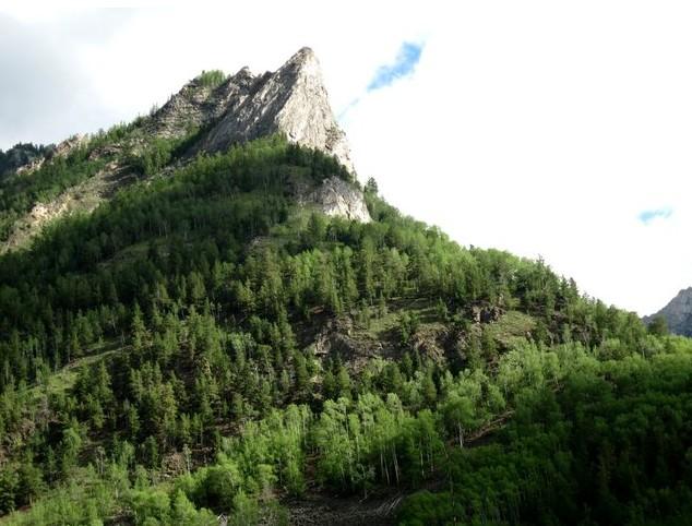 гора в местечке алла