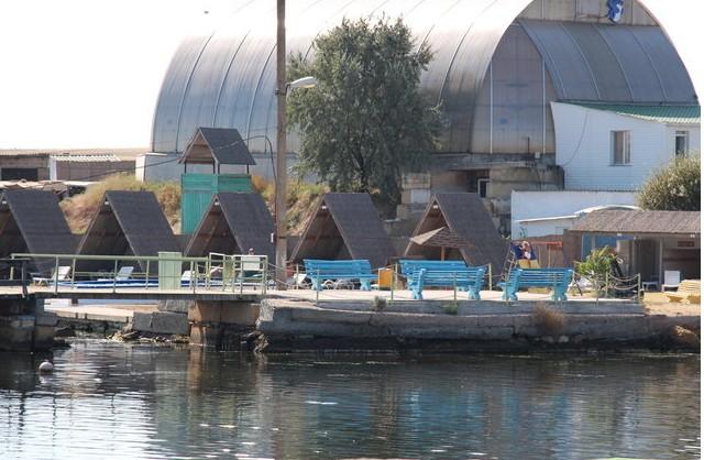 дельфинарий в заливе Донузлав крым
