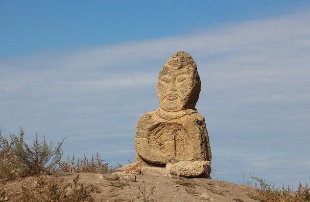 музей Кара-Тобе крым каменая баба