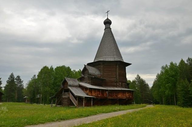 Георгиевская шатровая церковь