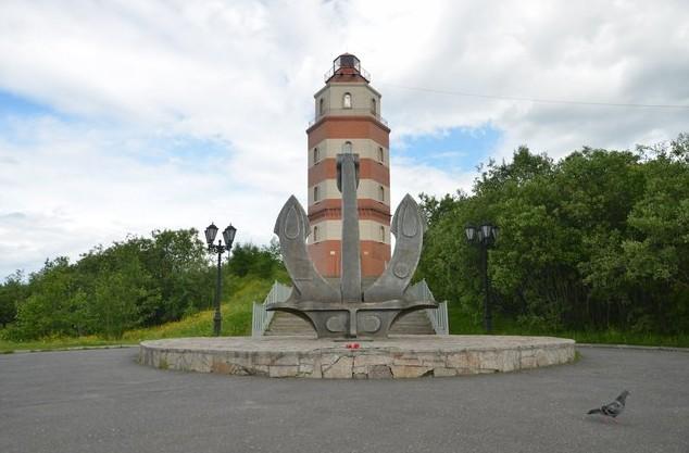 памятник в мурманске