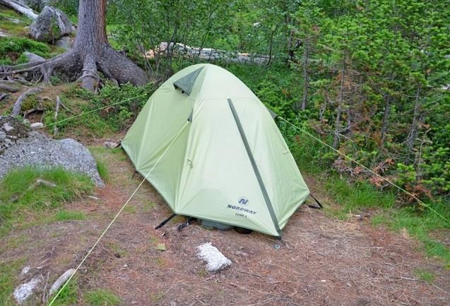 палатка на Озере Художников