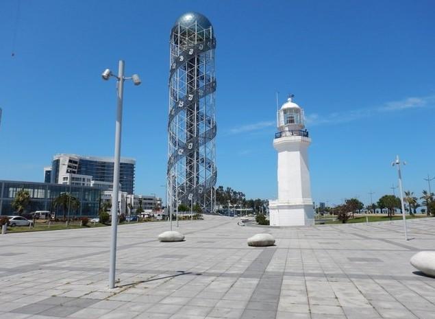 Башня в виде грузинского алфавита.